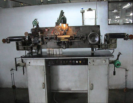 Lead in wire manufacturing machine